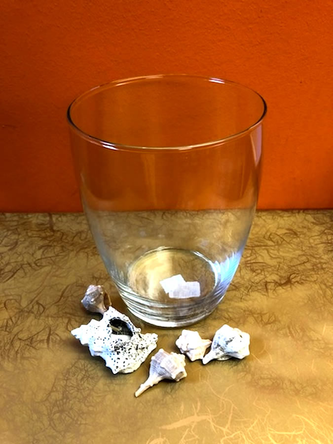 Vaza – steklena U